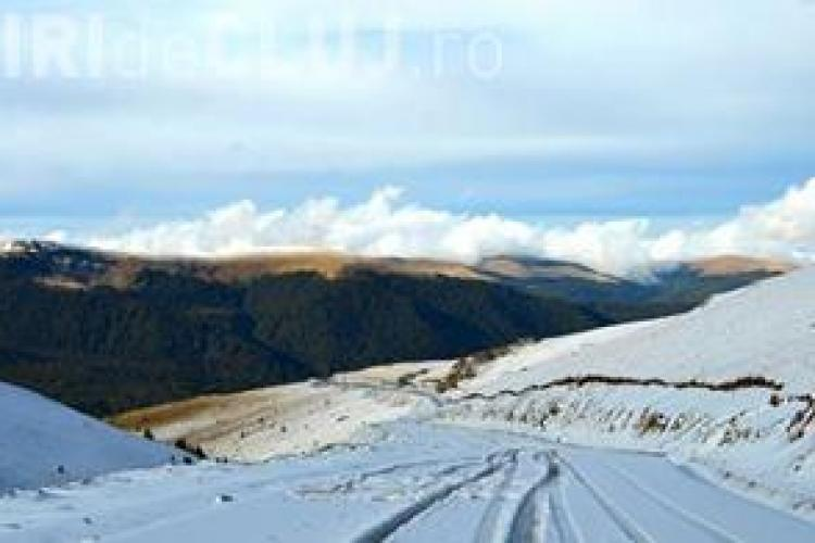 Zăpadă de 2 metri în luna Mai în România. Transalpina rămâne închisă