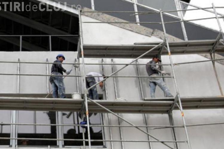 Accident pe șantier în Bună Ziua. Un muncitor a picat de pe schelă de la peste 12 metri
