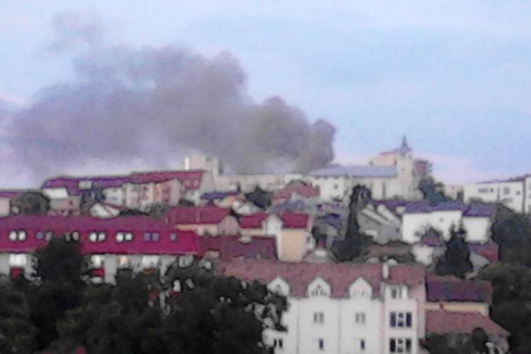 Incendiu în spatele Spitalului de Recuperare din Cluj - FOTO
