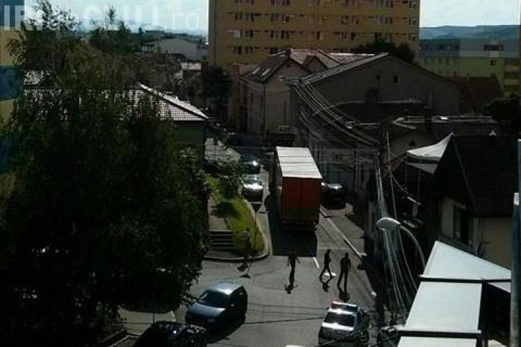 Cu TIR -ul prin Hașdeu: Cred că s-a pierdut! - FOTO