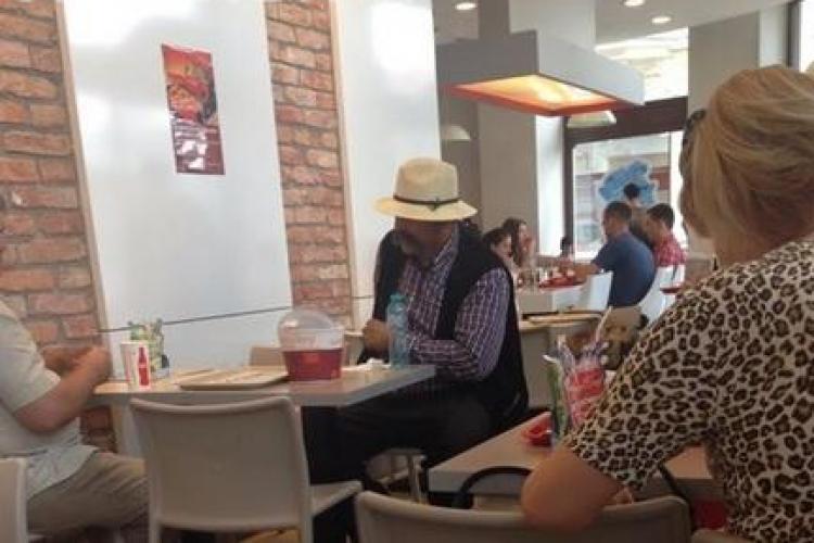 Despre țigani și români! Lecția unui blogger clujean după o scenă deșteaptă de la KFC
