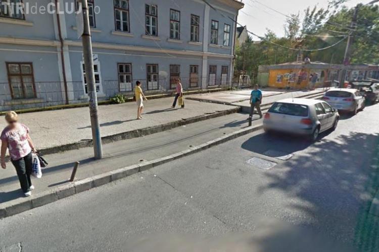 Stâlpișorii tăiați de pe strada Constanța sunt un capcane pentru pensionari. Ce a pățit o femeie?