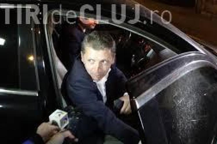 """Consilierul Ioan Petran """"trăgea"""" de directorul UTI să îi dea BIRUL - INTERCEPTĂRI"""