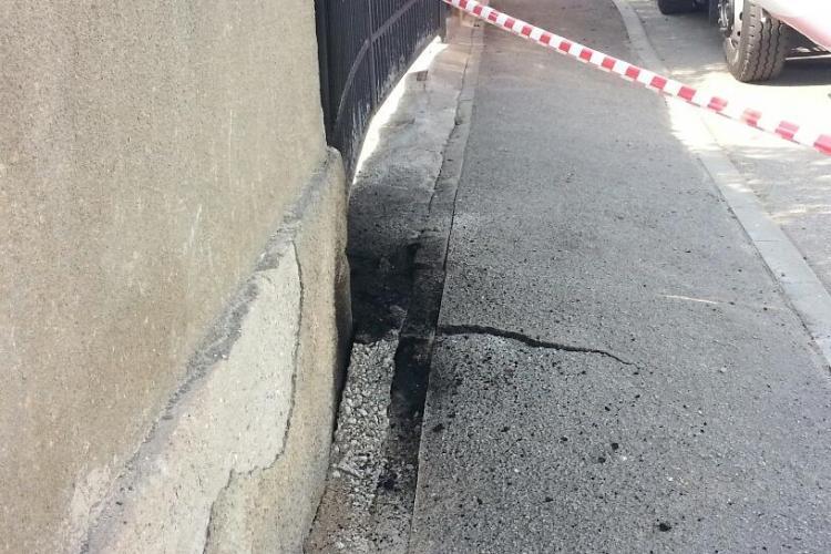 A explodat un cablu subteran pe strada Timișului din Cluj-Napoca - FOTO