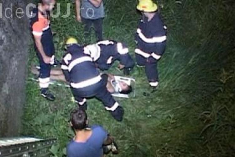 O tânără din Cluj a căzut de pe pod, după ce e ieșit din club - VIDEO