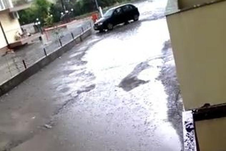 Cum arată Floreștiul după ploaie. Străzi aproape INUNDATE VIDEO