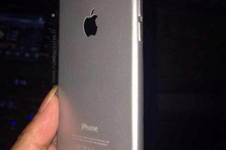 Chinezii nu mai au răbdare până la lansarea iPhone 6 și deja l-au clonat FOTO