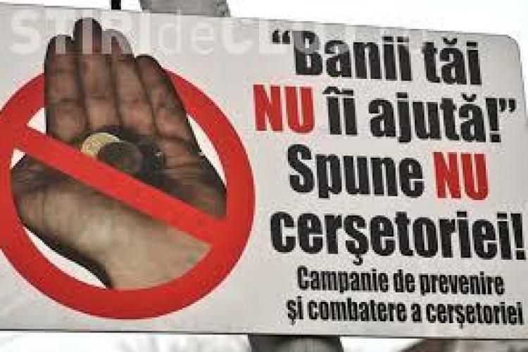 """În Cluj-Napoca vor apărea panouri ANTI-CERȘETORIE: """"Nu daţi bani cerşetorilor. La Cluj nu se moare de foame!"""""""