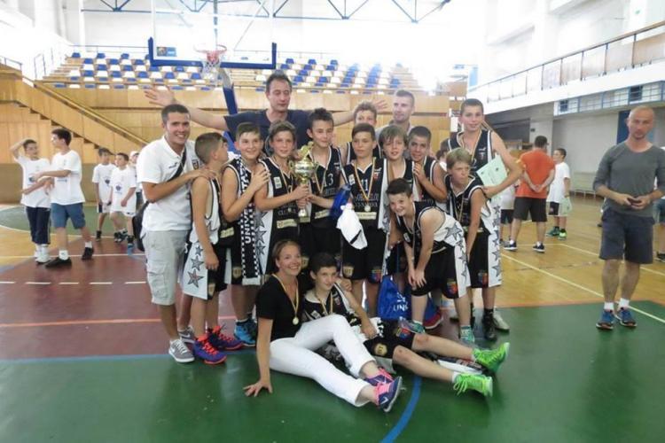 U Mobitelco, campioană națională la minibaschet