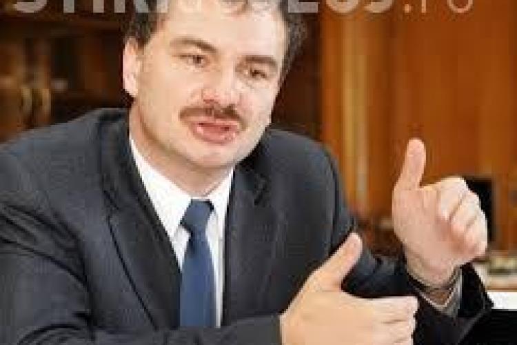 Miclea, fostul ministru al Educației, susține că în liceu trebuie să se intre cu minim CINCI