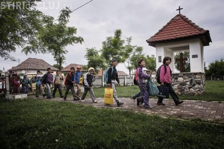 "Un Ambasador World Vision România crede că ""grădinița de romi"" sau ""defavorizați"" de la Cluj va duce la segregare"