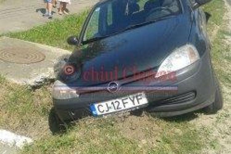 Accident la Gherla! O fată de 18 ani a ajuns la spital