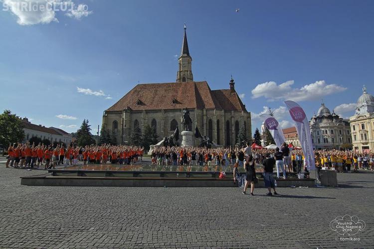 Cluj - 650 de tineri au organizat un FLASH MOB pentru Capitala Europeana a Tineretului - VIDEO