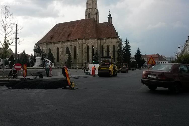 Asfaltarea centrului Clujului se termină joi seara. Vestea PROASTĂ e că se reiau lucrările