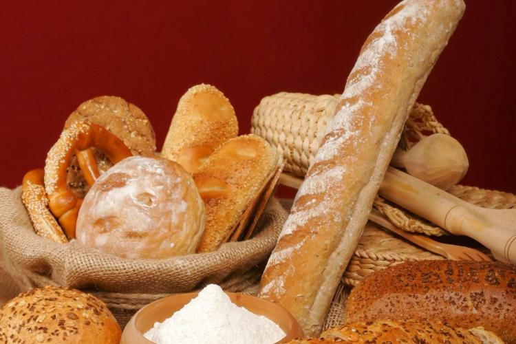 """Ministrul Finanțelor se """"contrazice"""" cu cifrele? TVA-ul la pâine ar putea reveni la 24%"""