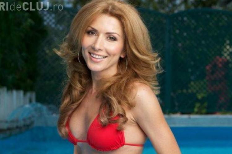 Carmen Brumă a ieșit la piscină! Nu ai zice că a născut acum trei luni - FOTO