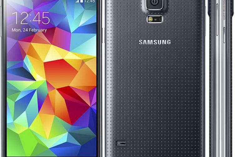 """Samsung spune """"ADIO"""" telefoanelor din plastic? Ce decizia a luat compania"""