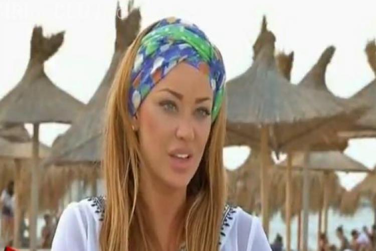 """Bianca Dragușanu și echipa de la """"Poftiți pe la noi"""" înjurați în Vama Veche. O femeie a aruncat cu bere dupa ei FOTO"""