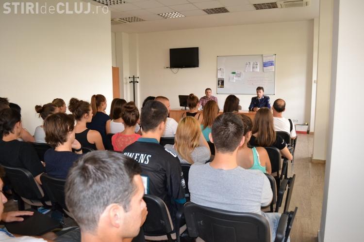 Meseria de polițișt promovată în rândul minorităților etnice din Cluj FOTO