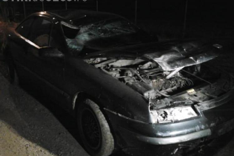 INCONȘTIENȚĂ din partea unui clujean de 15 ani. A rănit doi pietoni după ce s-a urcat la volan fără permis