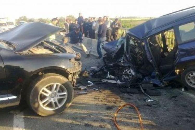 Accident la ieșire de pe Centura Apahida spre Jucu! S-au ciocnit două mașini și un TIR