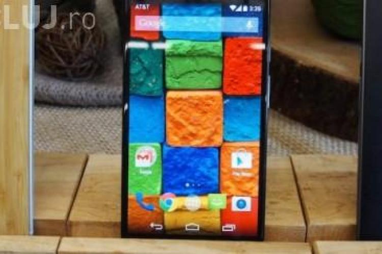 """Moto X este noua """"bijuterie"""" Motorola - VIDEO"""