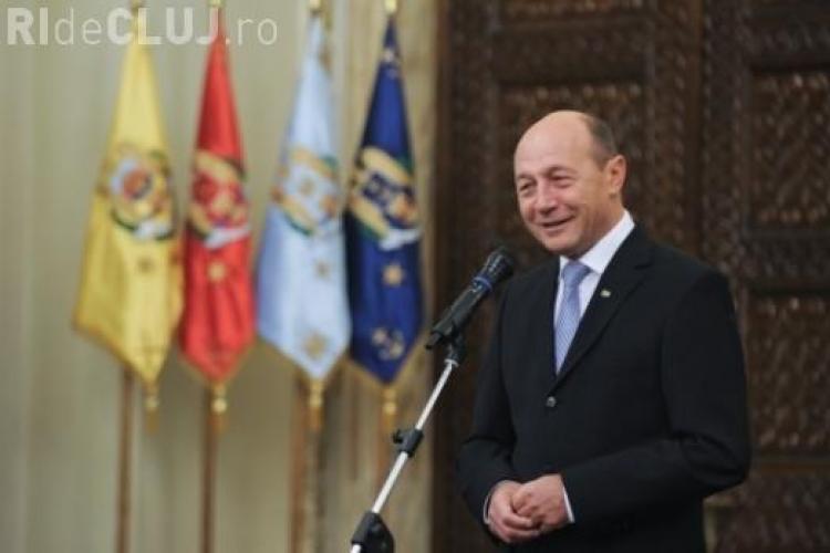 Băsescu crede în fuziunea PDL-PMP. Fuziunea PNL - PDL nu se va face