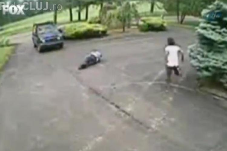 Cel mai RIDICOL accident din istorie. Doi șoferi au dovedit cât sunt de neglijenți - VIDEO