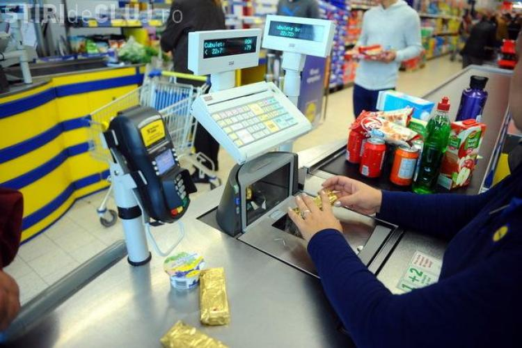 Cât câștigă angajații de la Carrefour, Auchan, Cora sau Kaufland?