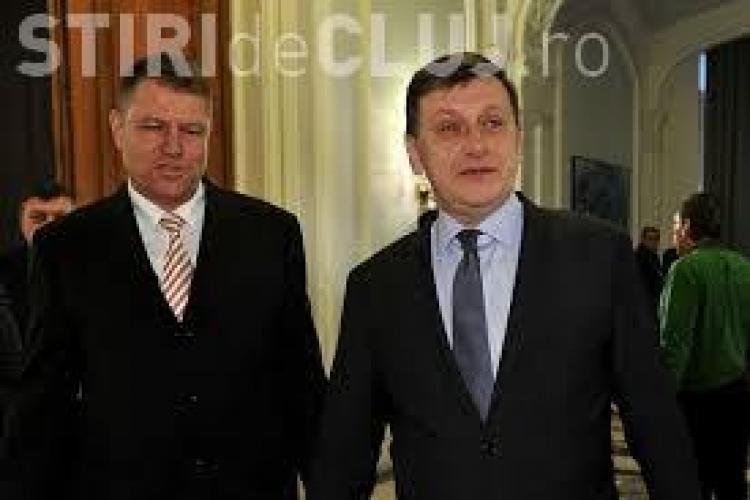 CRIN ANTONESCU e halucinant: Nu îl votez pe Ponta. Nu știu dacă îl votez pe Iohannis, nu îl cunosc!