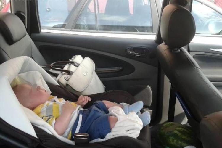 Caz șocant la Salina Turda! Și-au închis bebelușul în mașină, două ore, la 30 de GRADE pentru a vizita obiectivul - FOTO