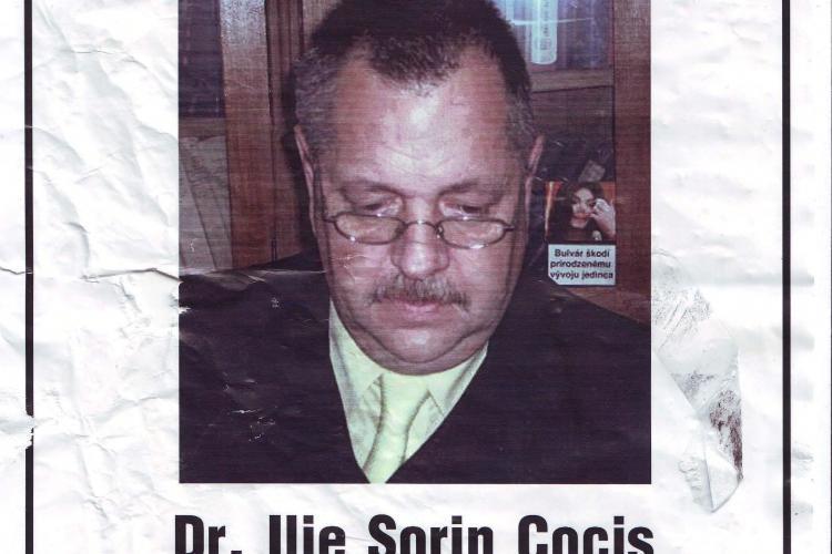 """Cercetatorul clujean Sorin Cocis, acuzat de """"crima culturala"""" in cazul Rosia Montana. Poza sa a ajuns pe afise!"""