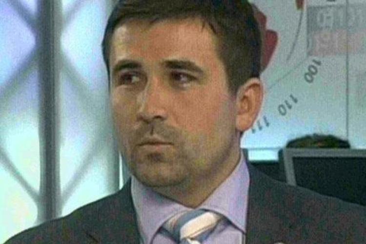 """Adrian Gurzau il face las pe Ponta, pentru ca ii cheama pe romani in strada: """"E politician de nota patru!"""""""