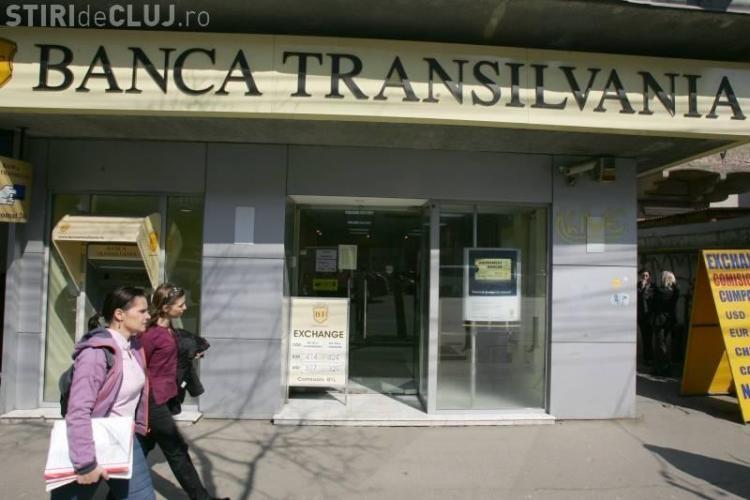 Angajata de la Banca Transilvania Cluj, care a furat bani din conturi, a fost data afara