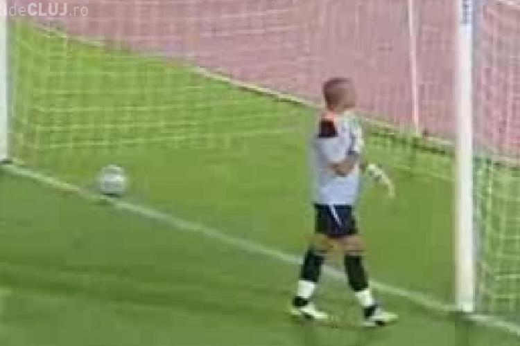 Cel mai tare gol din penalty inscris vreodata - VIDEO