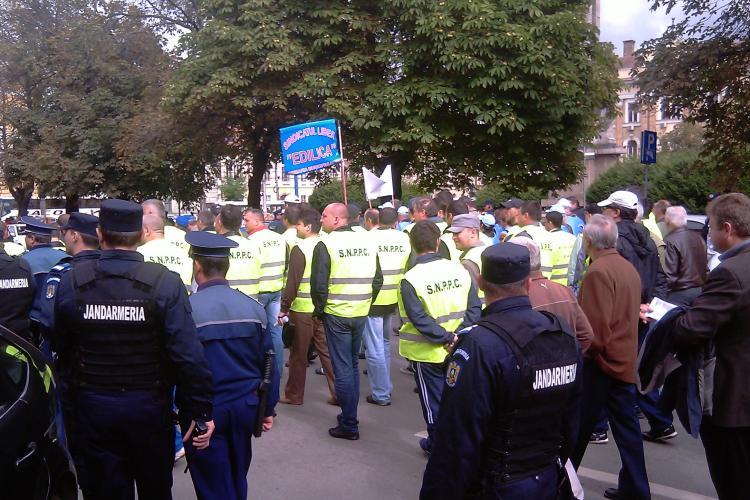 Politistii din Cluj sunt sicanati de sefi, care vor sa lase impresia ca protestul lor a fost un esec! Agentii sustin ca au dat amenzi mai putine