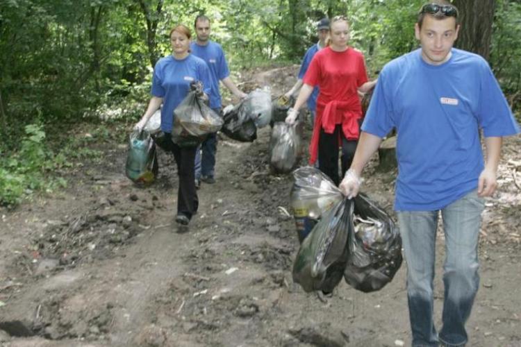 """50.000 de voluntari, inscrisi in proiectul """"Let's do it Romania!"""". VEZI AICI ce trebuie sa faci!"""