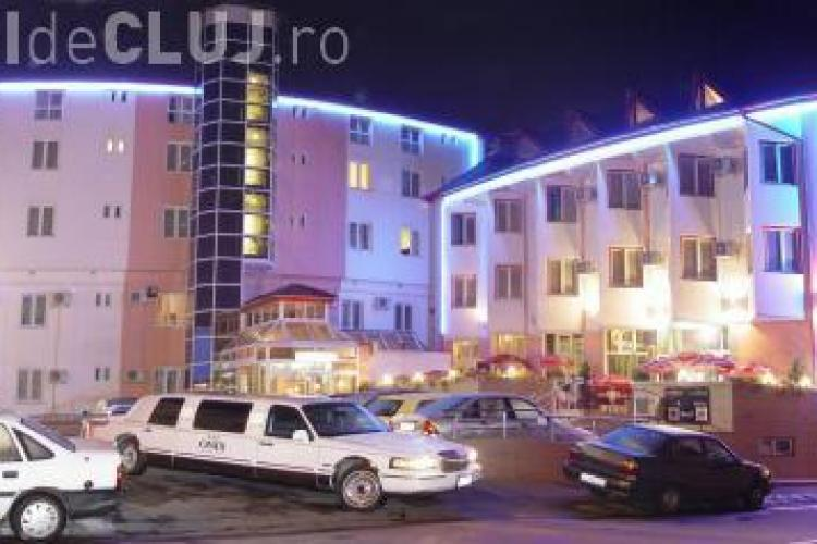 Augustin Baciu isi vinde afacerile: Hotelul Onix, trei hoteluri din Turda, baile sarate si actiunile de la Salina Turda