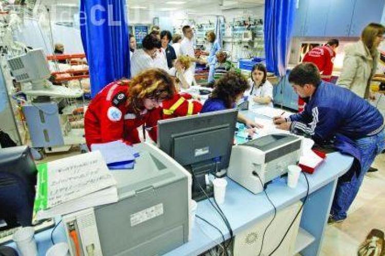 Sindicatul Sanitas Cluj da in judecata spitalele pentru ca au fost taiate salariile cu 25%