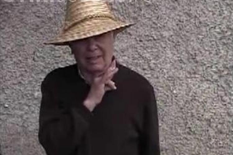 Emil Boc i s-a plans tatalui sau ca l-a certat Basescu!  - VIDEO
