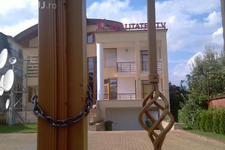 Angajatii de la Realitatea TV Cluj, trimisi in somaj tehnic. Statia a fost inchisa pentru neplata chiriei
