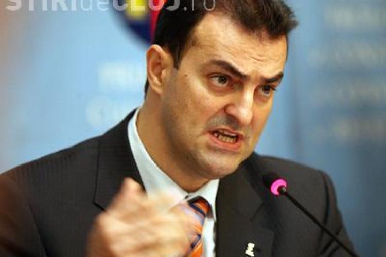 """Sorin Apostu nu merge la meciul U -CFR. Primarul a spus ca stie ca galeriile nu il iubesc: """"Nu sunt primarul suporterilor"""""""
