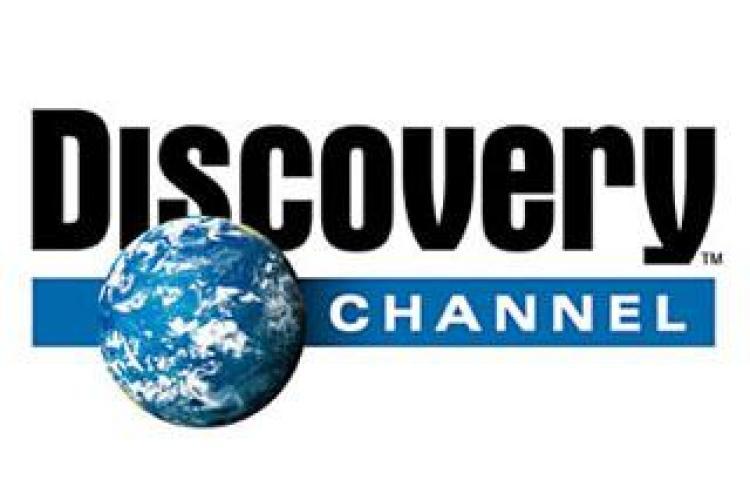"""Basescu boicoteaza televiziunile mogulilor: """"Ma uit numai la Discovery"""""""