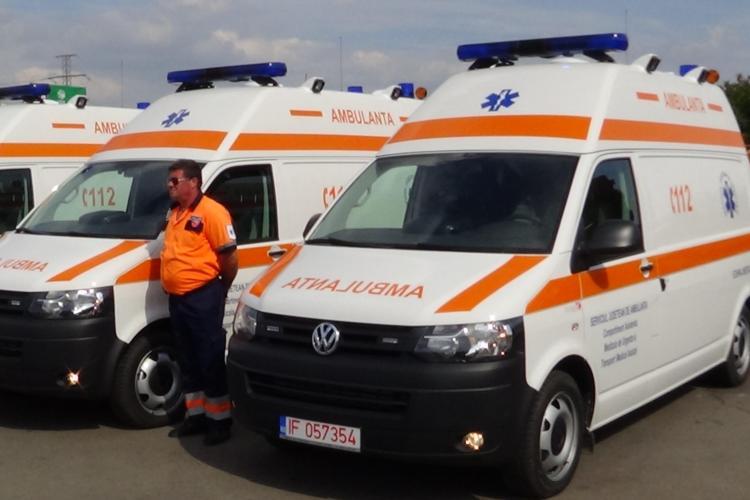 Ministerul Sănătății a oferit 37 de ambulanțe noi pentru centrele județene din țară. Clujul primește în tranșa viitoare FOTO VIDEO
