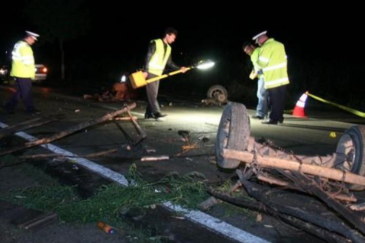 Accident rutier grav la Cluj! A lovit o căruță și a ieșit un carnagiu