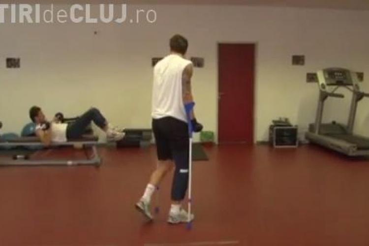 Ciprian Deac  a revenit din Germania, unde s-a operat la picior. Vezi când va intra din nou pe teren VIDEO