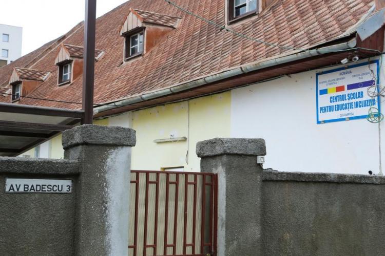 """Școala Specială nr 1 de pe strada Coșbuc, mutată pentru că biserica a """"înhățat"""" spațiul din centrul Clujului"""