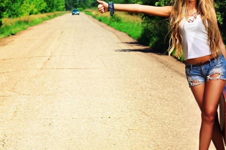 Dacă transporți autostopiști riști o amendă de 5.000 de lei