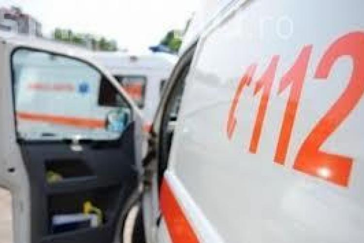 O fată de 13 ani din Mănăștur a încercat să se sinucidă din dragoste, în plină stradă