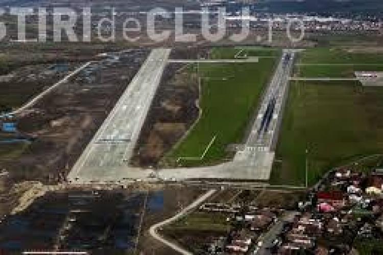 O firmă privată a întăbulat parcarea avioanelor de la Aeroportul Cluj - VIDEO